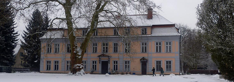 gutsschloss_blossin_winter